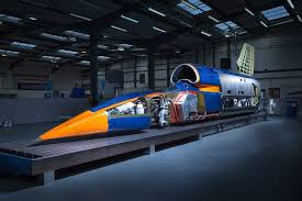 The <b>Manufacturer</b> gets a sneak preview of Bloodhound SSC
