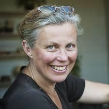 Keramiker Christina Larsson, …Österbybruk. Foto: Kenneth Gunnarsson. - cl3s1