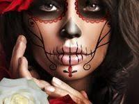 <b>Sugar Skull</b> Costume Diy