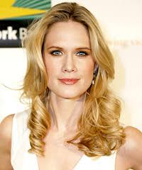 Stephanie March hairstyles Stephanie did a great job of showing off her glamorous blonde locks at the Safe Horizon Annual Benefit. - Stephanie_March_at_the_Safe_Horizon_Annual_Benefit