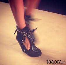 Les chaussures 2014 la folie pour les filles! Images?q=tbn:ANd9GcRvJ958oQqfzs2JdHtVm93iXPrxbuVeG1T7oR2aZlU6-Mmho3sZ