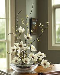 flower arrangements dining room table: think this would be fab on my dining room table magnolia flower arrangementsarrangements
