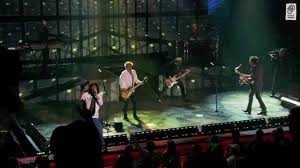 "<b>FOREIGNER</b> ""Urgent"" <b>Live</b> HD (official) <b>LIVE</b> IN CHICAGO - YouTube"