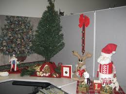 office cubicle decor ideas employee wins best christmas cubicle heart book series accessoriesexcellent cubicle decoration themes office
