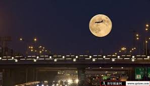 Image result for 月圆,人圆,天地圆