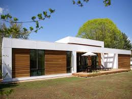 images about Single story designs on Pinterest   Facades       images about Single story designs on Pinterest   Facades  House plans and Modern