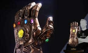 Hot Toys Marvel <b>Infinity Gauntlet</b> Replica | Sideshow Collectibles