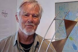 Travemünde 03.10.2009 | Der dänische Künstler Anders Nyborg hat am Samstagnachmittag seine teilweise recht schweren Kunstwerke in den Räumen von Anja Es ... - b_13572_4