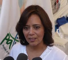 Carolina Ávalos, presidenta del FISDL (Foto: Transparencia Activa). El Fondo de Inversión Social para el Desarrollo Local (FISDL) firmó la semana pasada con ... - %25C3%2581valos-FISDL