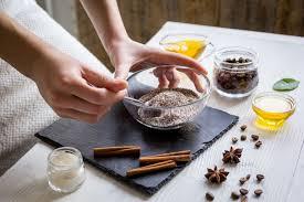 <b>Скраб для тела</b> из молотого кофе в домашних условиях - рецепты