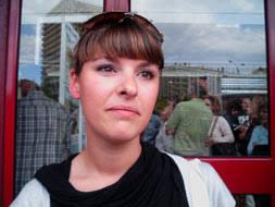 Consulta los números premiados en el sorteo de VPO en San Sebastián. Sara Hernández ha conseguido un piso en régimen de alquiler. - sarahernandez