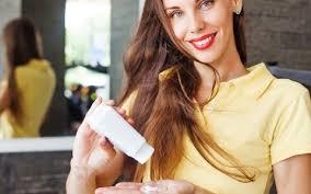 <b>3</b> сухих <b>шампуня</b> для разных типов <b>волос</b> — подборка в Журнале ...
