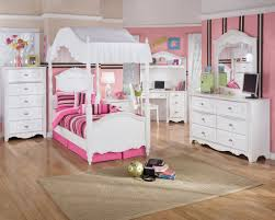 beautiful paint color accent wall schemes kid bedrooms with white wooden canopy beds which has cute amazing kids bedroom ideas calm