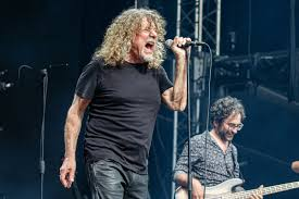 Watch <b>Robert Plant</b> Sing 'Immigrant Song' for First Time Since 1996 ...