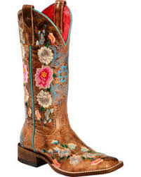 <b>Women's Embroidered</b> Cowgirl Boots