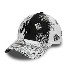 New York Yankees <b>Paisley Black</b> 9FORTY Cap | New Era Cap Co.