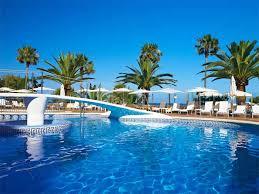 Resultado de imagen de fotos de piscinas de hoteles