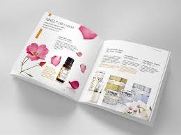 in catalogue bằng giấy gì là đẹp