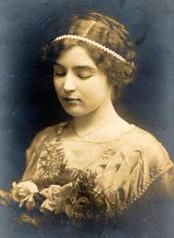 Pauline Winkler (she changed her name at age 15), 23 Dec 1913, wedding photo, Mobile, Al. - carol_winklerpaulina3