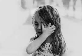 「泣く 写真」の画像検索結果