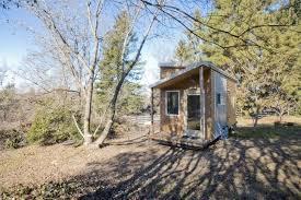 start slideshow boulder tiny house front