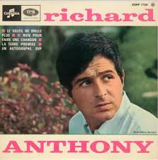 Artist: Richard Anthony. Label: Columbia. Country: France. Catalogue: ESRF 1758. Date: 1966. Format: EP. Title: Richard Anthony - richard-anthony-le-soleil-ne-brille-plus-columbia