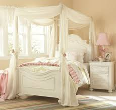 tips on choosing the right bedroom furniture sets beautiful bedroom design for girls using white beautiful white bedroom furniture