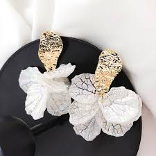<b>Korean</b> White Shell Flower Petal Drop <b>Earrings</b> For Women <b>2019</b> ...