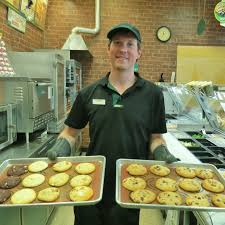 celebrating years pioneering businesses in issaquah highlands subway cookies squared