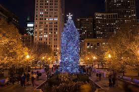 <b>Chicago's</b> Ultimate <b>Christmas</b> Guide