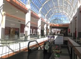 roosevelt field shopping mall