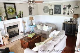 chic living room dcor: farmhouse chic decor chic on a shoestring decorating blog living
