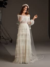Delphine | hehe wedding in <b>2019</b> | Wedding dresses, Wedding ...