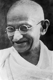 File:Portrait Gandhi.jpg - Wikimedia Commons