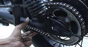 Cara Setel Rantai Motor