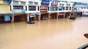 Malaysia Floods Continue after <b>25cm</b> (<b>10 inches</b>) of rain in 24 Hours ...