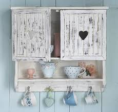 variants of style shabby chic include the cottage chic beach cottage chic the bluish color symbols shells and starfish french chic the country chic and beach shabby chic furniture