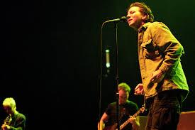 22 Years Ago: <b>Pearl Jam's</b> '<b>Yield</b>' Hits the Road