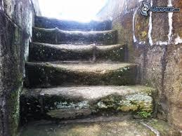 Resultado de imagen para escalera de piedras