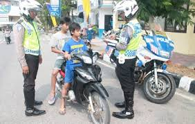 Image result for polisi kena tilang
