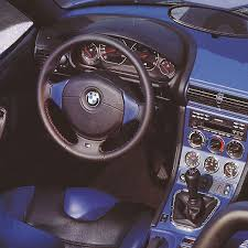 what distinguishes the interior of the e367 m roadster from that of a normal z3 black interior 1996 bmw z3