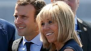 「仏大統領夫人「25歳年上の元演劇教師」の正体 夫への指導は今後も続く」の画像検索結果
