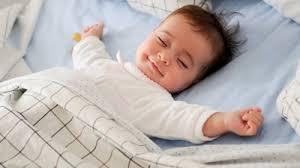 Resultado de imagem para pessoas dormindo sonhando