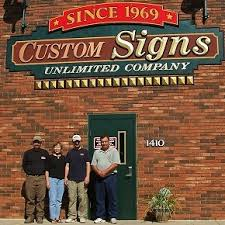 custom signs company