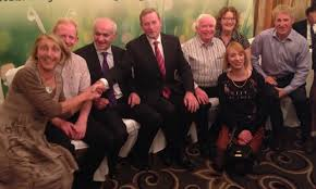 homepage welcome to viva meets l to r mary rafferty mike burke eddie downey ifa brendan mimnagh perpetua mc e gearoacuteid connolly margo harty kneeling