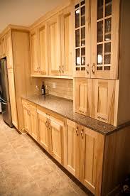 maple light wood kitchen cabinets