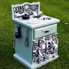 1000 ideas about diy childrens furniture on pinterest recycled pallets little tikes playhouse and furniture bedroom furniture makeover image14