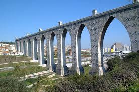 Resultado de imagem para aquedutos de portugal