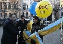Последствия страшного артобстрела в Харцызске - люди все еще боятся выходить из подвалов - Цензор.НЕТ 4454