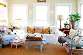 southern motion furniture family room shabby chic with accent pillows area rug bead board bench blue chic family room decorating